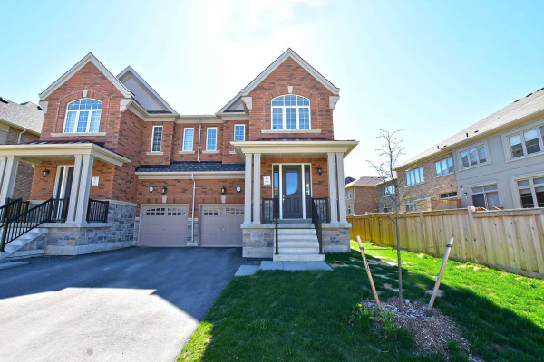 105 Forest Edge Cres, East Gwillimbury