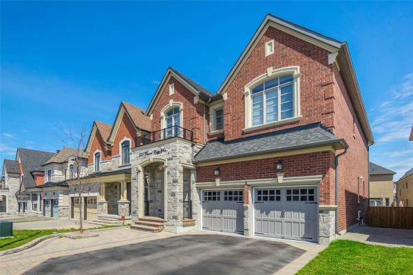 599 Pleasant Ridge Ave, Vaughan