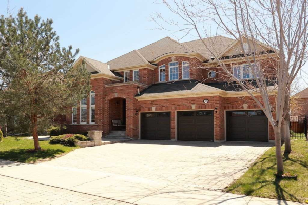 128 Polo Cres, Vaughan