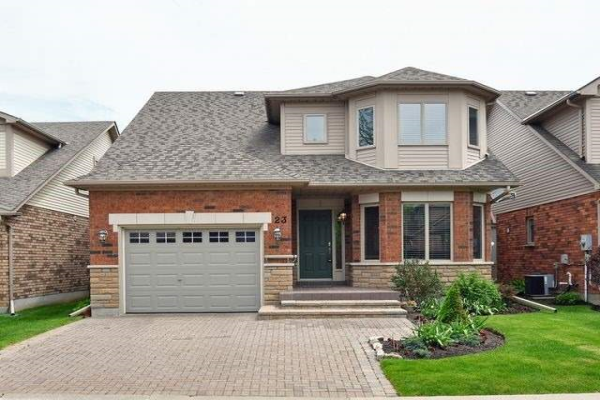 23 Sunset Blvd, New Tecumseth