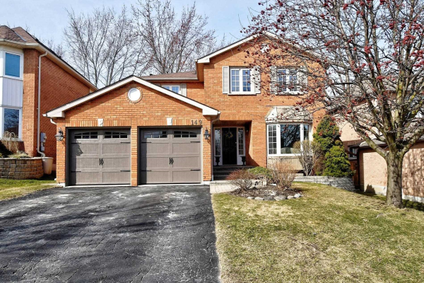 149 Goldsmith Cres, Newmarket