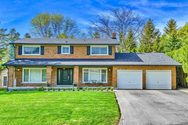2 Black Willow Crt, Richmond Hill
