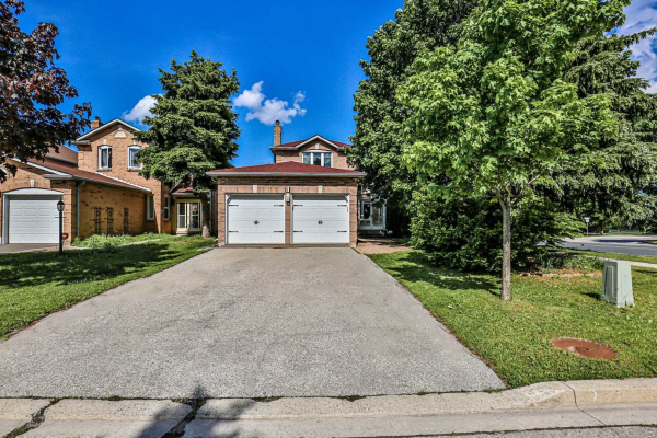 1 Major Elliott Crt, Markham