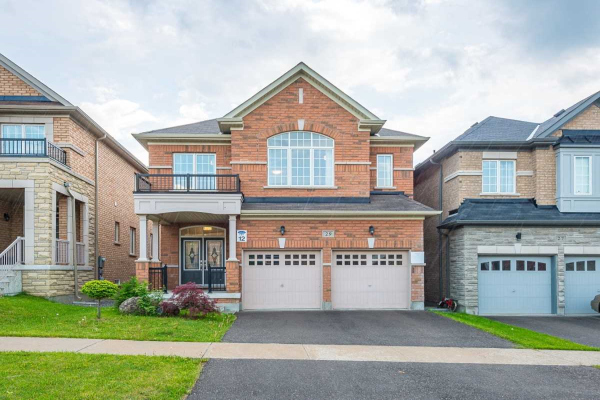 29 Riding Mountain Dr, Richmond Hill