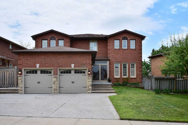 216 Butterfield Cres, Vaughan