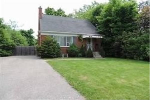 117 Lawrence Ave, Richmond Hill