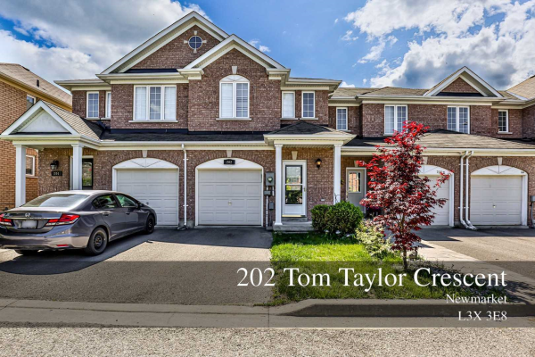 202 Tom Taylor Cres, Newmarket