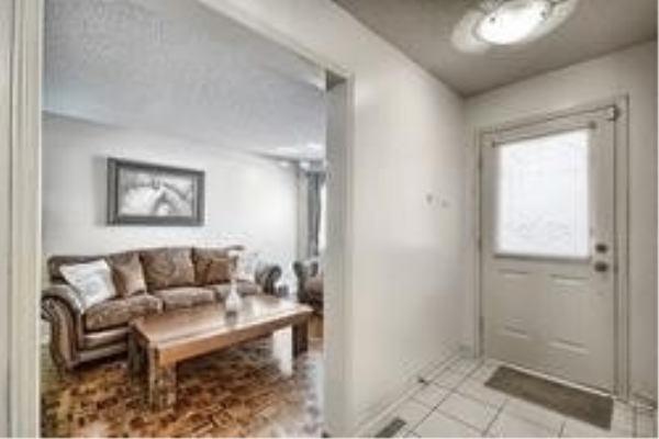 2 Dumaurier Cres, Richmond Hill