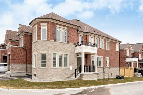 1 Thornapple Lane, Richmond Hill