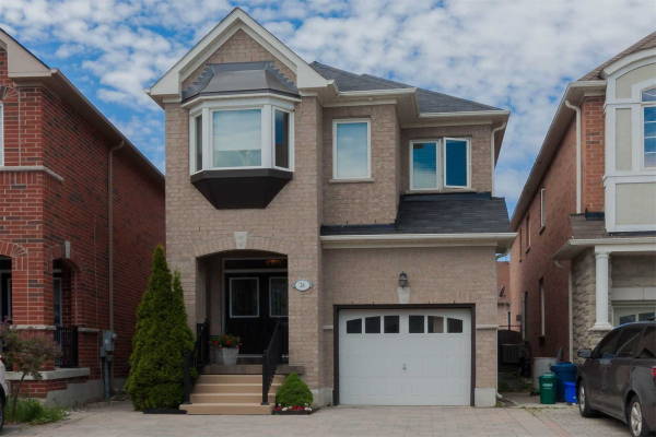 26 Carrier Cres, Vaughan