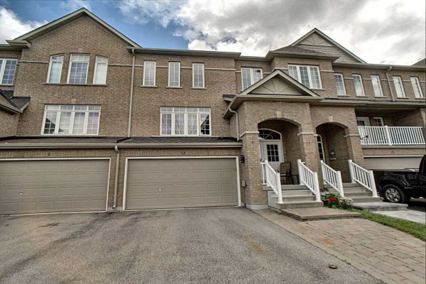 13 Arthur Case Cres, East Gwillimbury