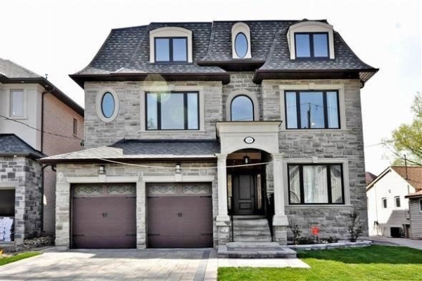226 Lakeland Cres, Richmond Hill