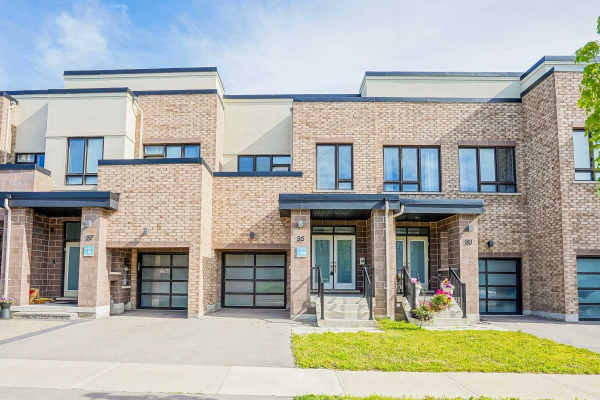 35 Denarius Cres, Richmond Hill