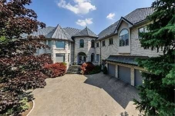 206 Arnold Ave, Vaughan
