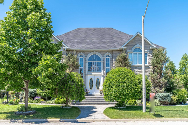 24 Chantilly Cres, Richmond Hill