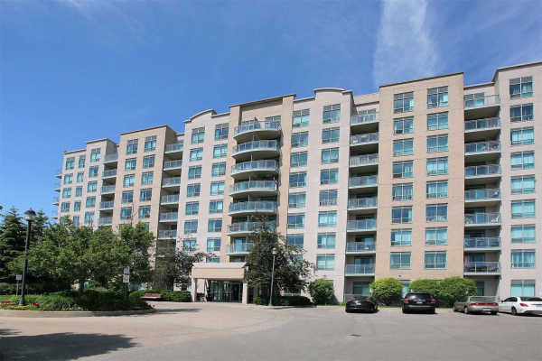 51 Baffin Crt, Richmond Hill