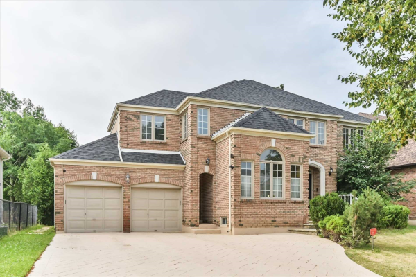 4 Glenarden Cres, Richmond Hill