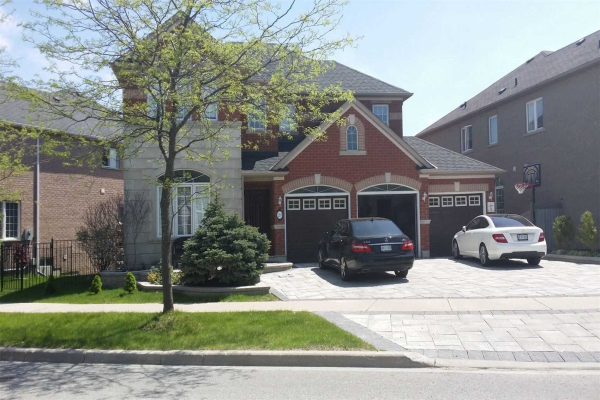 29 Gemini Cres, Richmond Hill