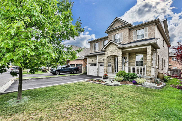 19 Bartsview Circ, Whitchurch-Stouffville