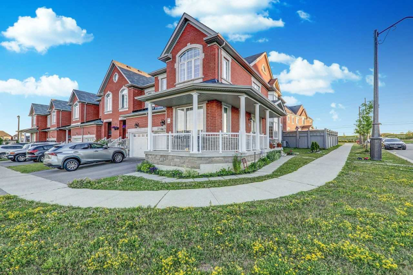 72 Pacific Rim Crt, Richmond Hill