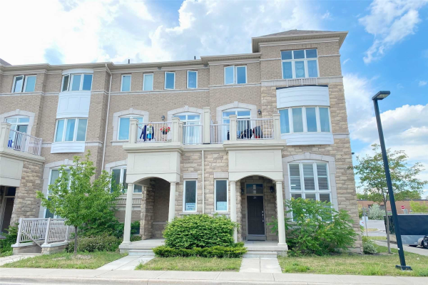 26 Comely Way, Markham