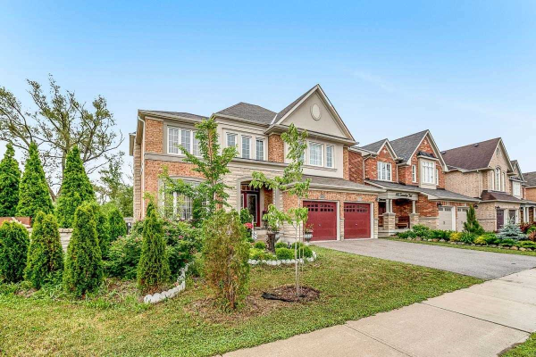 469 Summerlyn Tr, Bradford West Gwillimbury