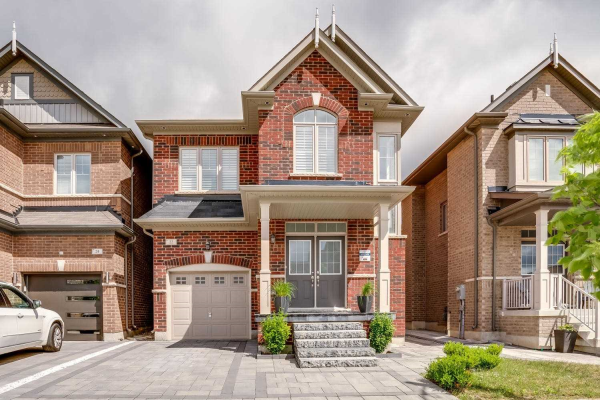 22 Red Tree Dr, Vaughan