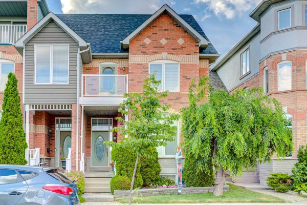 12 Cornell Meadows Ave, Markham