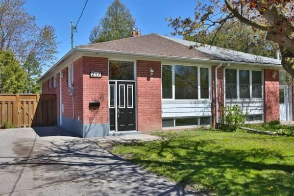 217 Axminster Dr, Richmond Hill