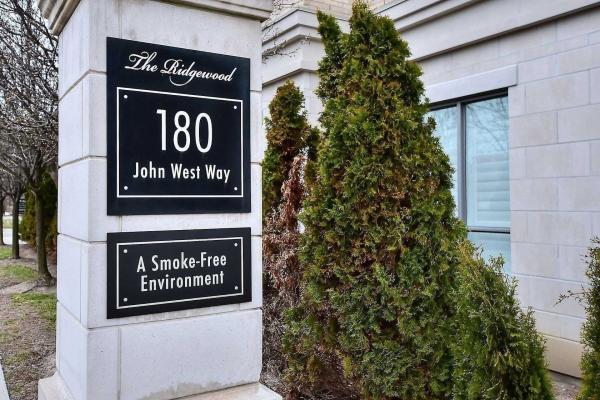 180 John West Way, Aurora