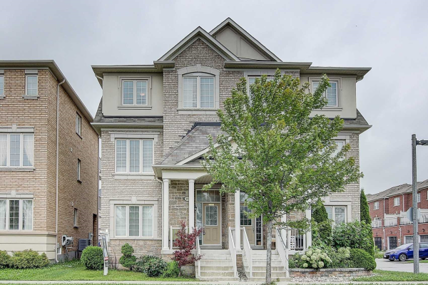 607 Country Glen Rd, Markham
