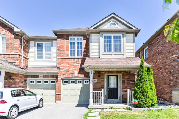 104 Richard Coulson Cres, Whitchurch-Stouffville