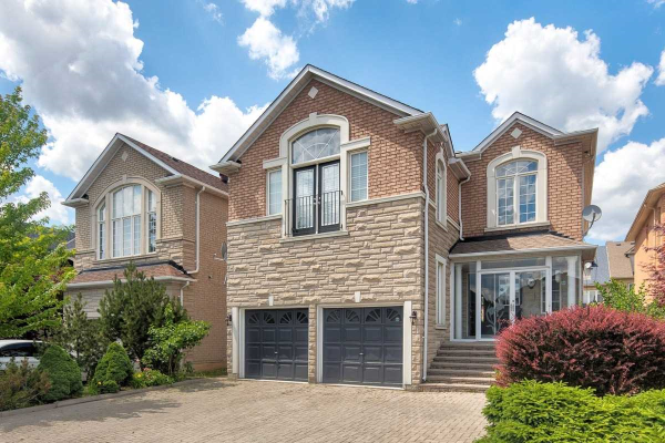 70 Princeton Ave, Richmond Hill