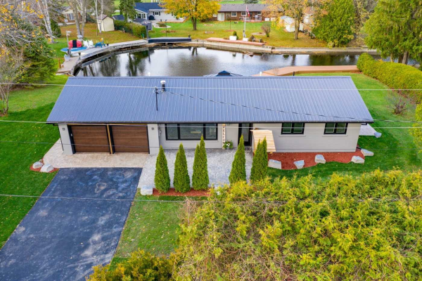 31 Moorings Rd, Georgina