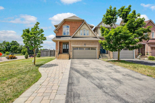 49 Carriage House Crt, Richmond Hill
