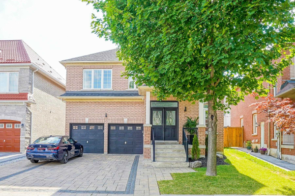 8 Wood Dale Rd, Vaughan