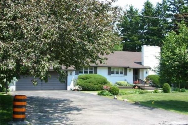 3 Parkway Ave, Vaughan