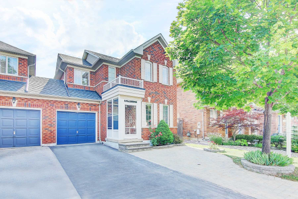 17 Selkirk Dr, Richmond Hill
