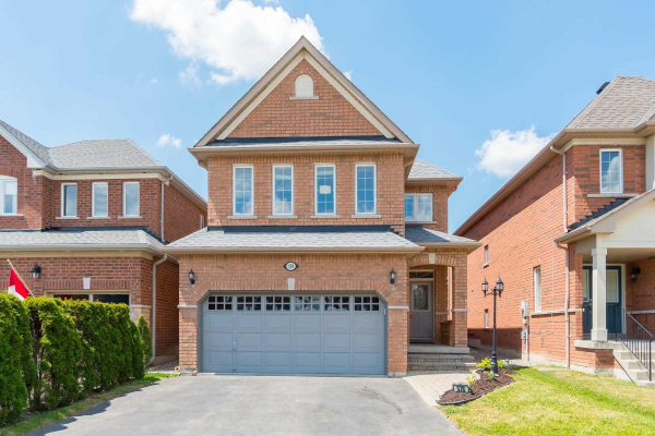 578 Plantation Gate, Newmarket