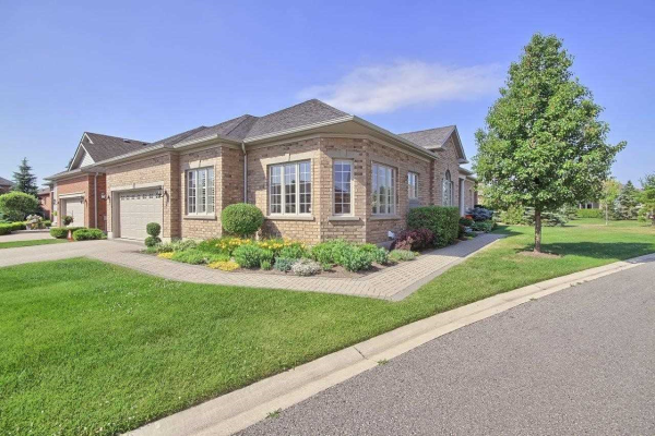 2 Wethered Way, Whitchurch-Stouffville