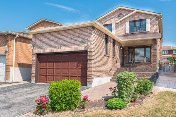 24 Diamond St, Vaughan
