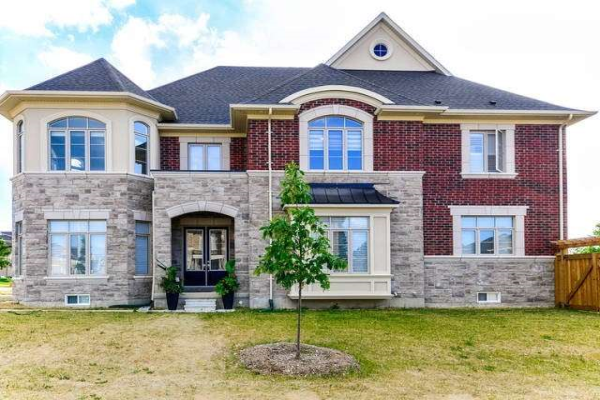 70 Bond Cres, Richmond Hill