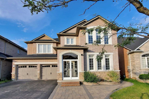 19 Brass Dr, Richmond Hill