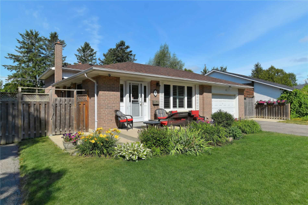 8 Valleycrest Ave, Markham