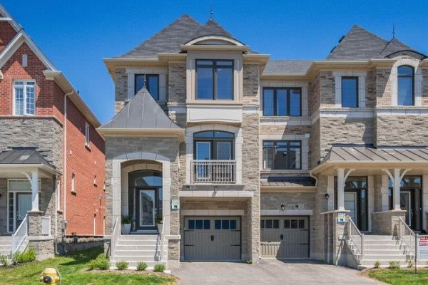 136 Sunset Terr, Vaughan