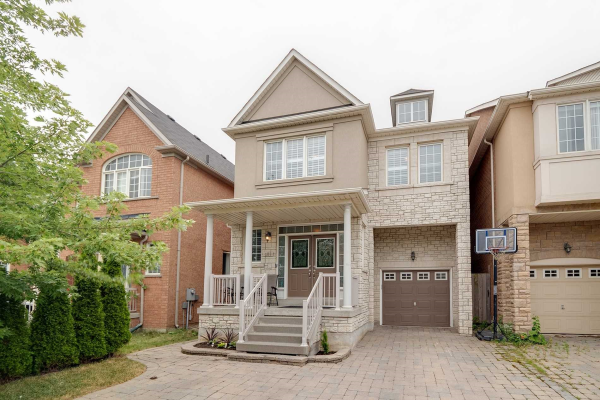 121 Mintwood Rd, Vaughan