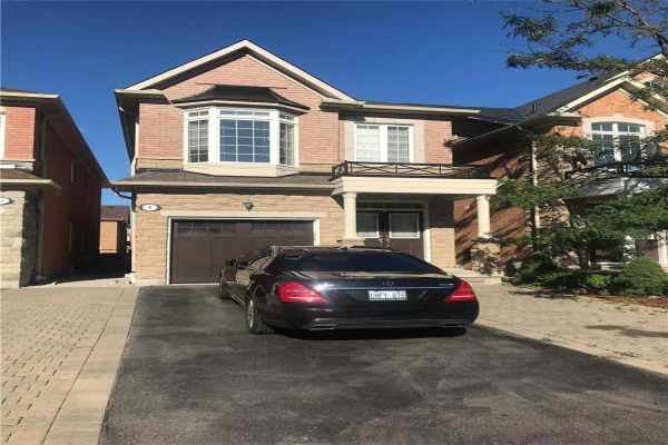 7 Lady Loretta Lane, Vaughan