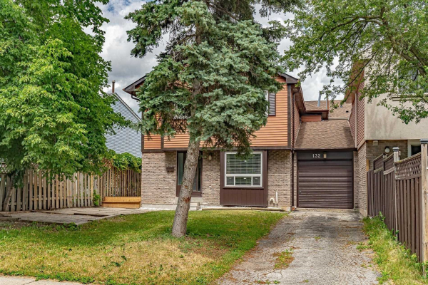 132 Castle Rock Dr, Richmond Hill