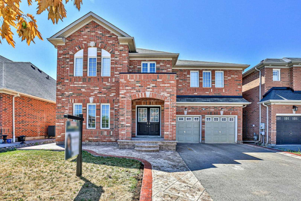78 Chambersburg Way, Whitchurch-Stouffville