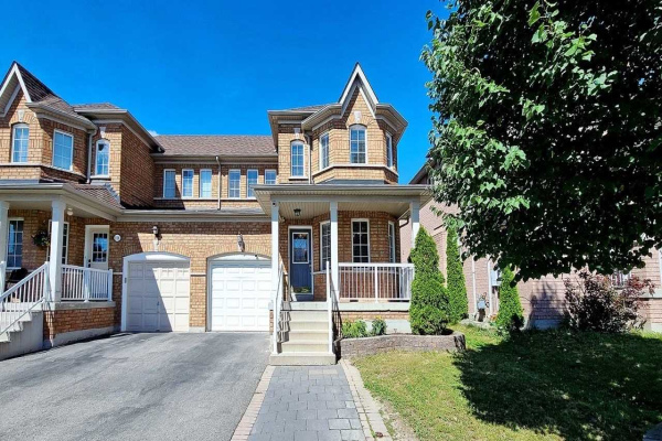 318 Flagstone Way, Newmarket